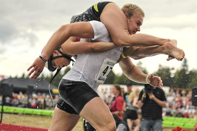 wife carrying competion